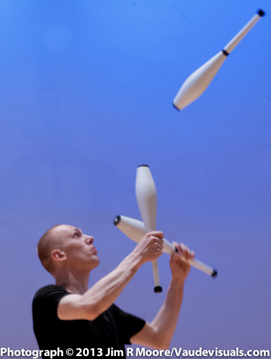 Emil Dahl performing at Juggle This Spectucular Show.