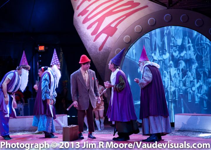 Circus Flora ensemble company.