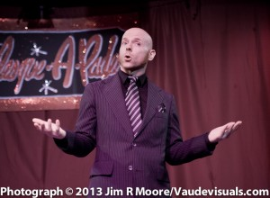 Albert Cadabra host the Burlesque-a-pades.