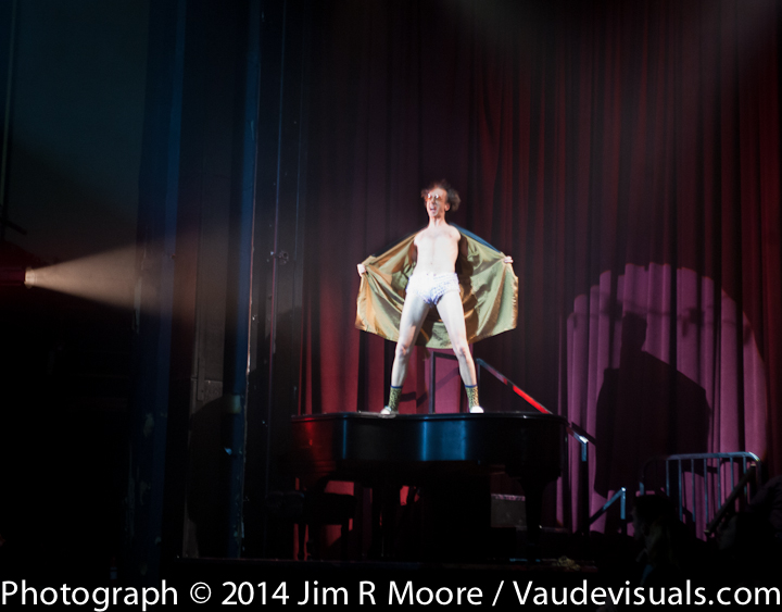 Manchego performing at La Soiree