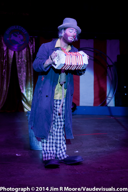 Kinko the Clown entertained the audience with some music on the 'squeezebox' accordion.