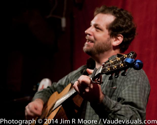 Glen Raphael sings his own songs.