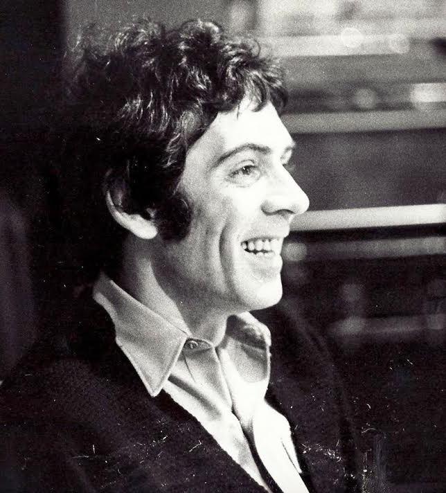Paul J Curtis